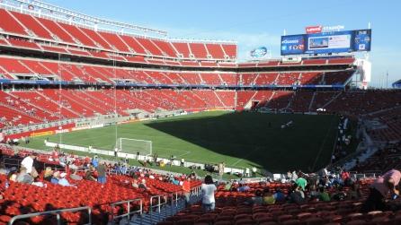 Entering_Levi's_Stadium
