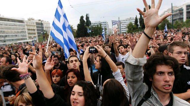 greece-financial-crisis.jpg