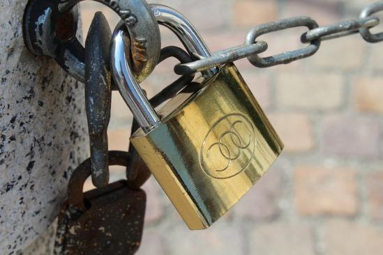 padlock-846892_960_720.jpg